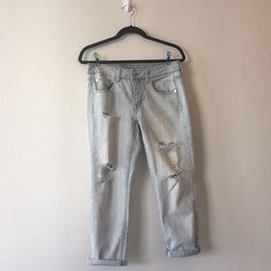 American Eagle Distressed Light-Wash Jeans